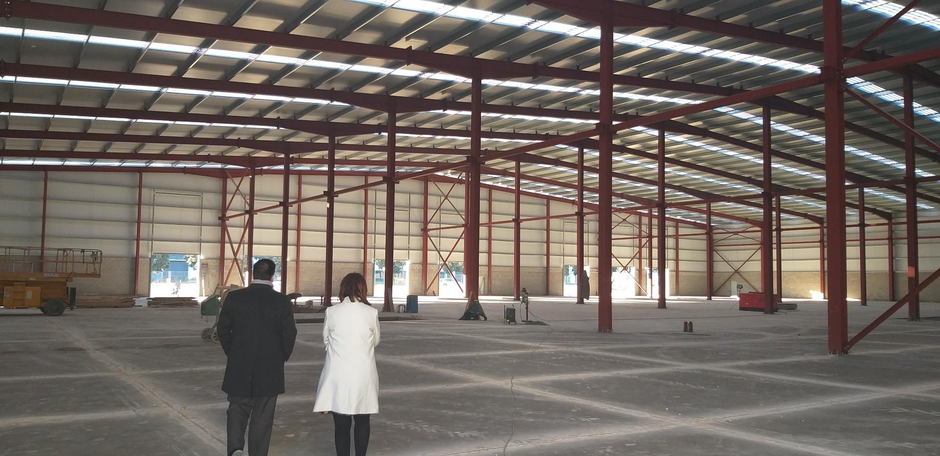 Hierros Huesca abre una nueva planta en la Plataforma Logística PLHUS